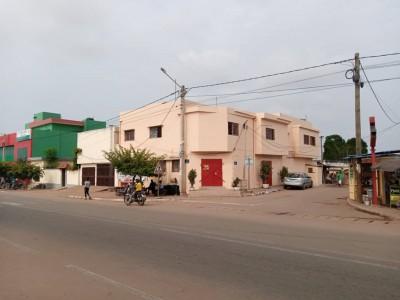 immeuble de 16 bureaux avec boutique