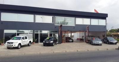 Immeuble de 12 bureaux avec parking