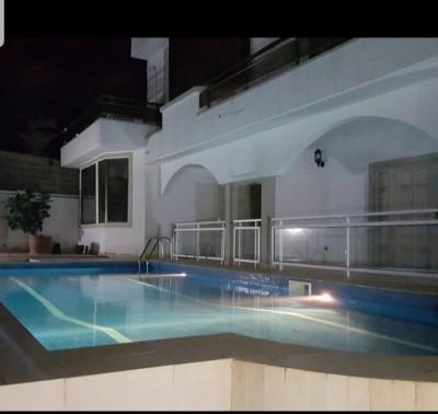 Splendide villa 4ch - 2 salons -avec piscine