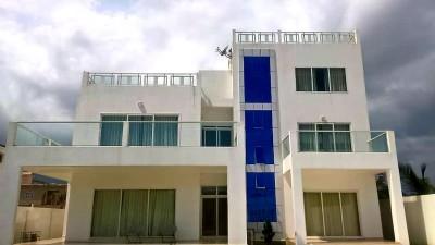 magnifique villa 6 chambres avec piscine  meublée ou non