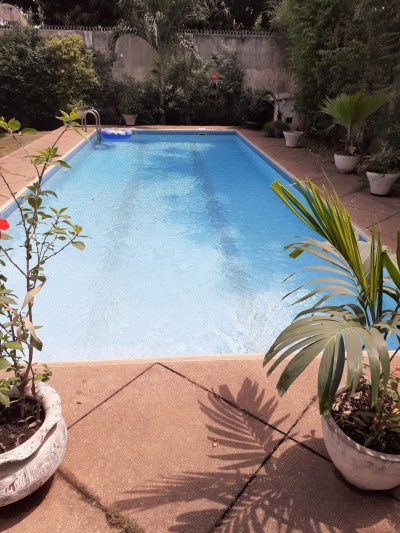 Superbe villa 5 chambres avec piscine