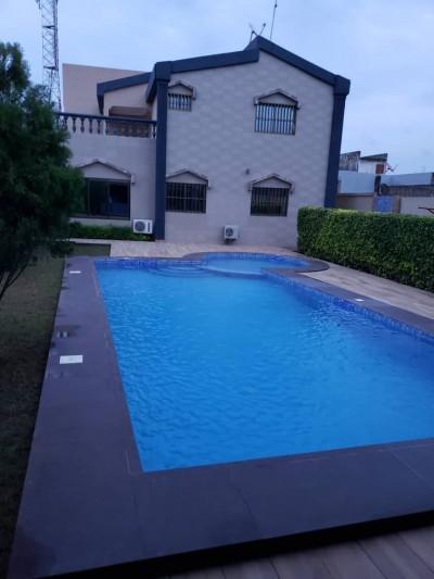 Superbe villa de 5 chambres avec piscine